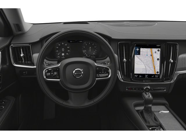 2022 Volvo S90 Sedan