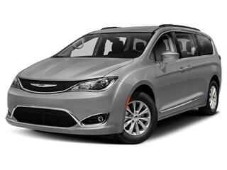 Certified Pre-Owned 2019 Chrysler Pacifica Touring L Van Passenger Van Great Falls, MT