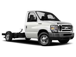 2019 Ford E-Series Cutaway E-350 DRW 176  WB for Sale in Manassas VA