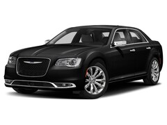 New 2020 Chrysler 300 TOURING L AWD Sedan for sale near Green Bay, WI