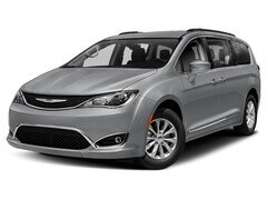 New 2020 Chrysler Pacifica TOURING L Passenger Van For Sale in Brooklyn, NY