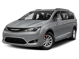 2020 Chrysler Pacifica TOURING L Passenger Van For Sale Near Buffalo