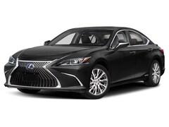 2020 LEXUS ES 300h Ultra Luxury Sedan