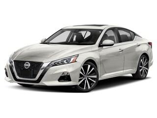 New 2020 Nissan Altima 2.5 SV Sedan Ames, IA