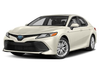 New 2020 Toyota Camry Hybrid XLE Sedan in Maumee