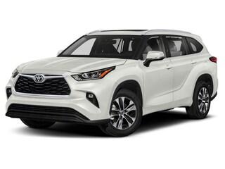 New 2020 Toyota Highlander XLE SUV in Dallas, TX