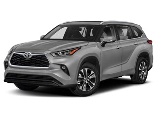 New 2020 Toyota Highlander XLE SUV for sale in Franklin, PA