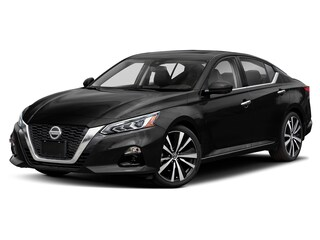 New 2021 Nissan Altima 2.5 SV Sedan Ames, IA
