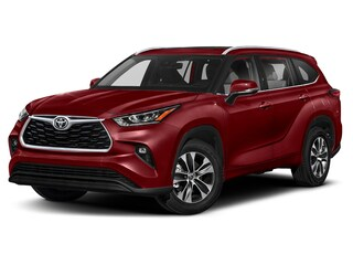 New 2021 Toyota Highlander XLE SUV in Lakewood NJ