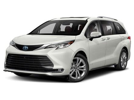 2021 Toyota Sienna Platinum 7 Passenger Van