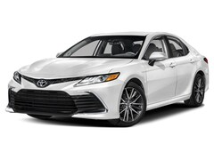 New 2022 Toyota Camry XLE Sedan