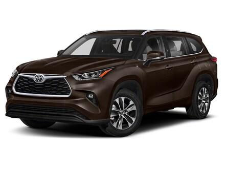 2022 Toyota Highlander XLE SUV
