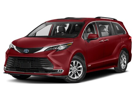 2022 Toyota Sienna XLE 8 Passenger Van Passenger Van