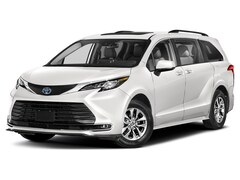 2022 Toyota Sienna XLE 7 Passenger Van Passenger Van