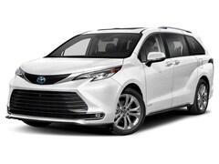 2022 Toyota Sienna Platinum 7 Passenger Van Passenger Van