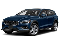 New 2022 Volvo V60 Cross Country T5 Wagon for sale in Manasquan