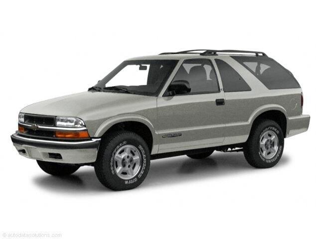 2000 Chevrolet Blazer LS 2D Sport Utility