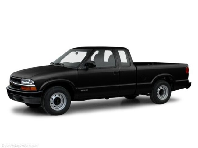 Used 2000 Chevrolet S-10 Truck Extended Cab for sale in Cairo, GA at Stallings Motors