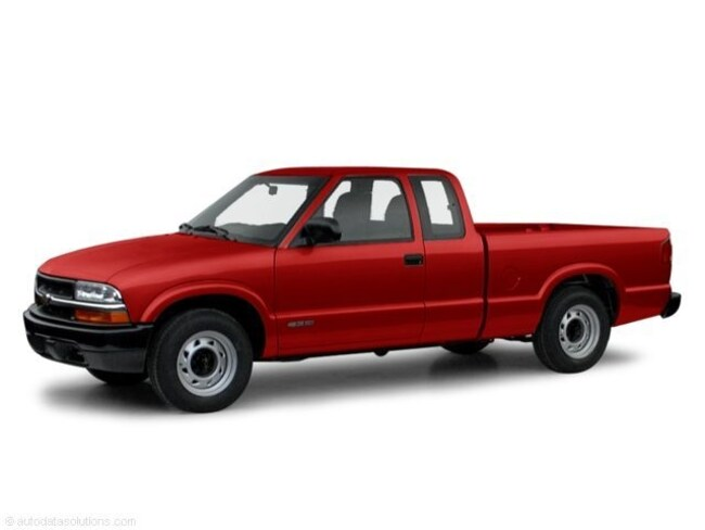 Used 2000 Chevrolet S-10 Ext Cab 123 WB LS Truck Extended Cab for sale in Savannah, GA