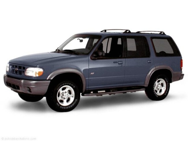 2000 Ford Explorer XLT 112 WB XLT 4WD