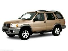 2000 Nissan Pathfinder LE SUV
