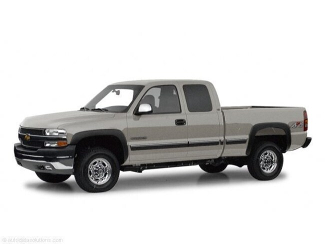 Used vehicle 2001 Chevrolet Silverado 2500HD LT Truck Extended Cab for sale near you in Lakewood, CO