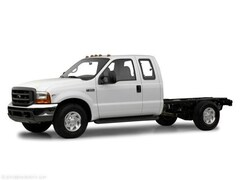 2001 Ford F-350 Chassis Cab XL Chassis Truck