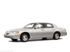 2001 Lincoln Town Car Executive Sedan