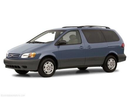 2001 Toyota Sienna Minivan/Van