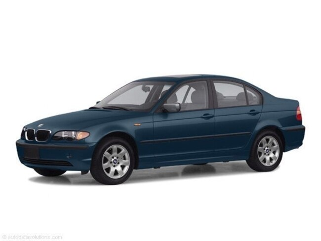 Used 2002 BMW 325i Sedan near Boise in Nampa, ID