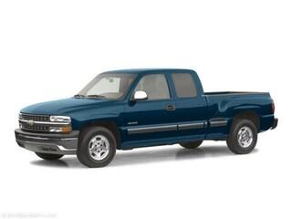 2002 Chevrolet Silverado 1500 LS Pickup Truck