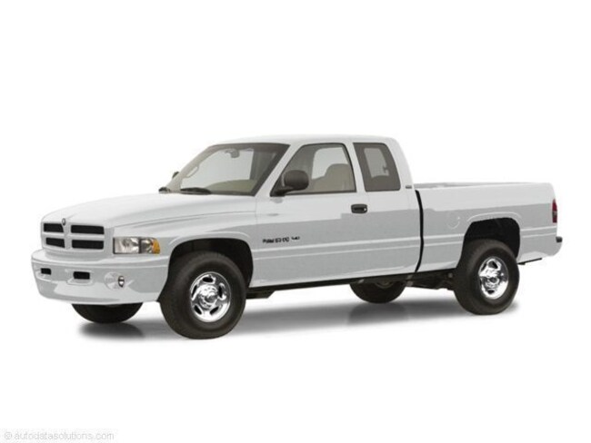 2002 Dodge Ram 3500 Quad Cab Dual Rear Wheels, 6 Speed Manual Transmission Truck