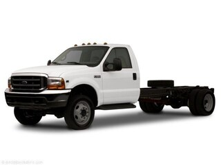 2002 Ford F-450 Chassis Truck Regular Cab