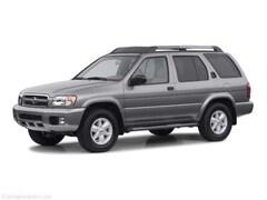 2002 Nissan Pathfinder SE SUV