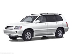 Bargain used vehicle 2002 Toyota Highlander SUV for sale in Murray, UT