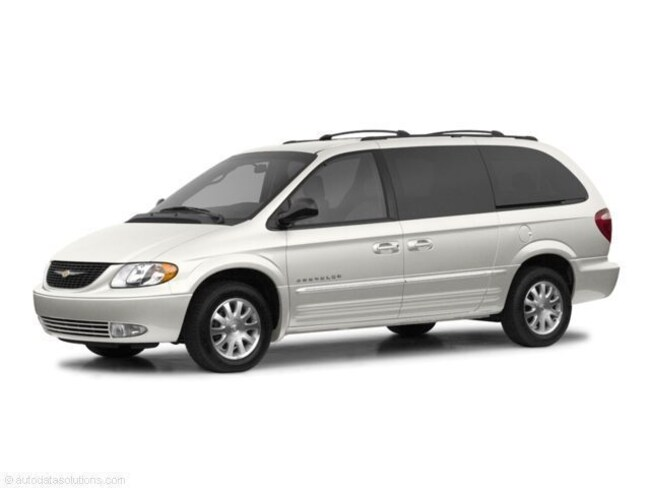 2003 Chrysler Town & Country Limited Van