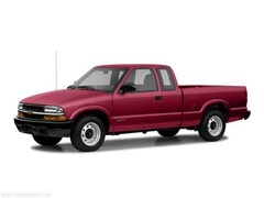 2003 Chevrolet S-10 LS Truck Extended Cab