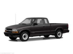 2003 Chevrolet S-10 Ext Cab 123 WB 4WD Truck