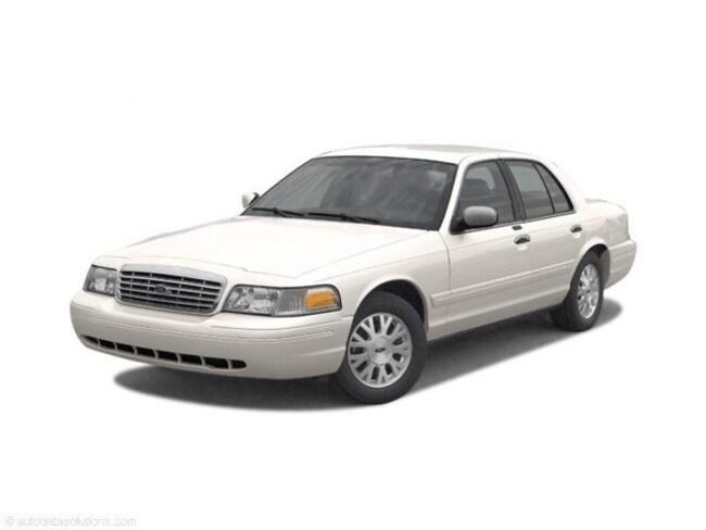 2003 Ford Crown Victoria Standard Sedan