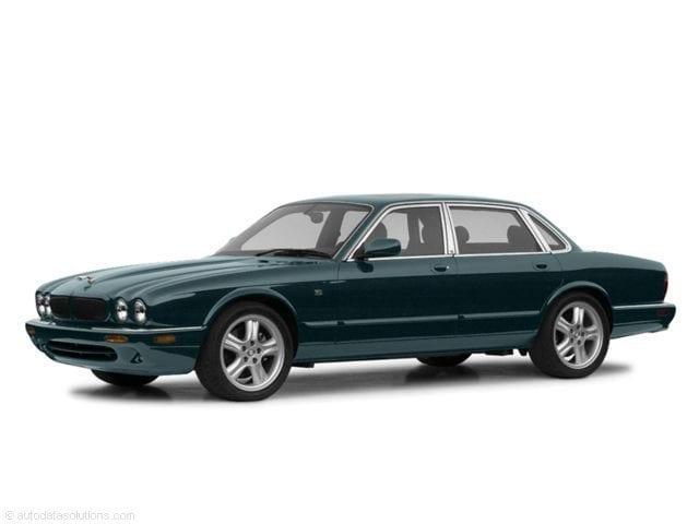 2003 Jaguar XJ8 Base Sedan