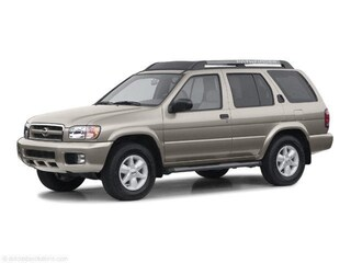 2003 Nissan Pathfinder SE SE 2WD Auto