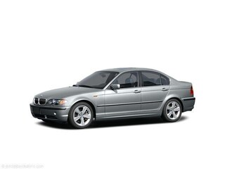 2004 BMW 3 Series 325xi Sedan
