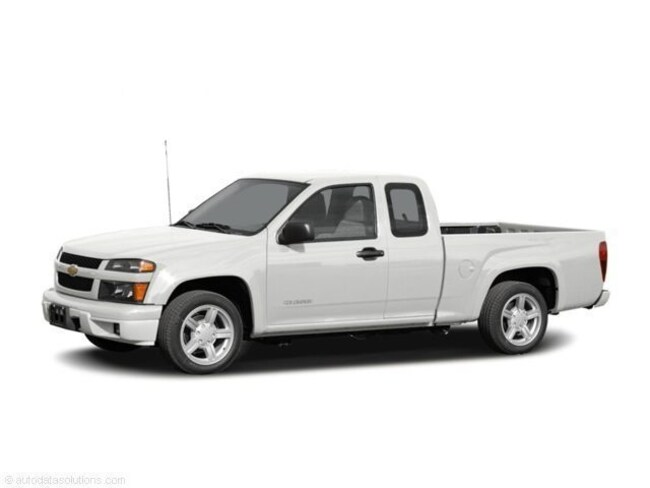 2004 Chevrolet Colorado LS ZQ8 Extended Cab Pickup