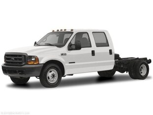 2004 Ford F-450 Chassis Truck Crew Cab