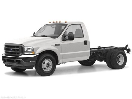 2004 Ford F-550 Chassis Truck Regular Cab