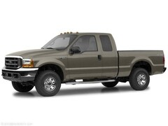 2004 Ford F-250SD XLT Truck