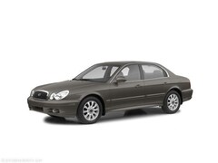 2004 Hyundai Sonata Base Sedan