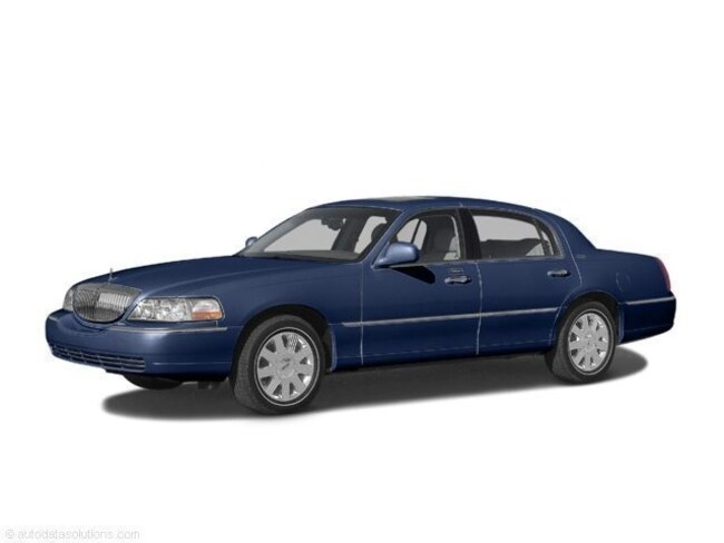Used 2004 Lincoln Town Car For Sale At Eau Claire Lincoln Vin
