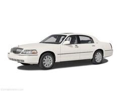 Used 2004 Lincoln Town Car Ultimate Sedan
