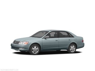 2004 Toyota Avalon XLS Sedan